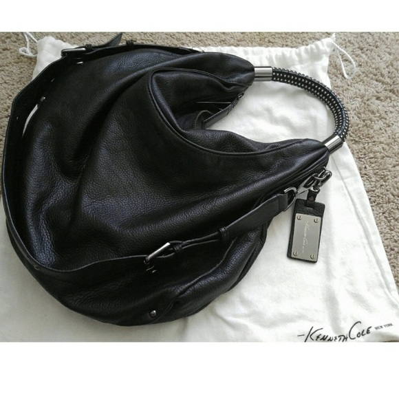 e51de148bf Kenneth Cole Handbags - Kenneth Cole No Slouch Hobo Bag